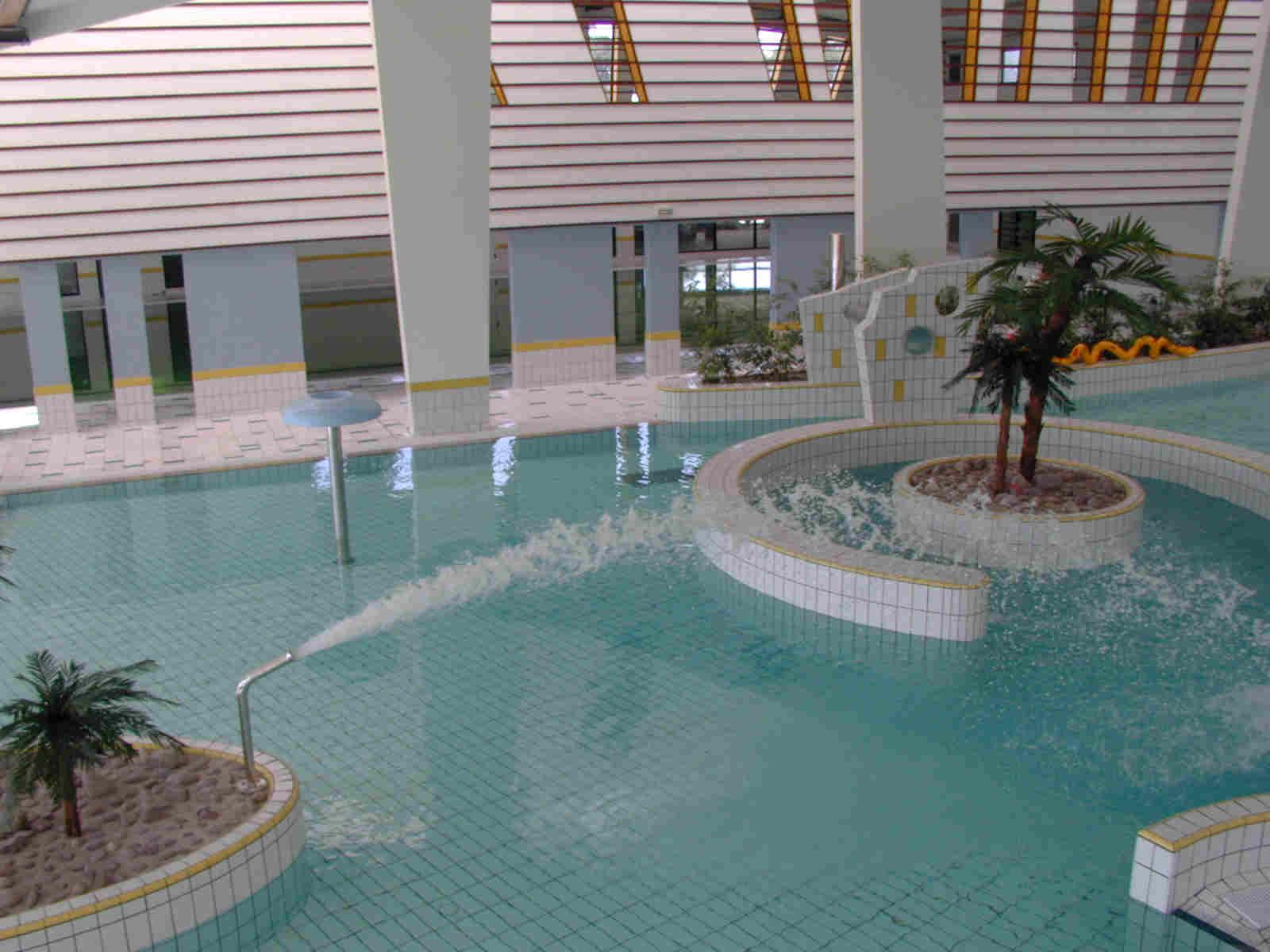 La piscine - Piscine de la potennerie ...